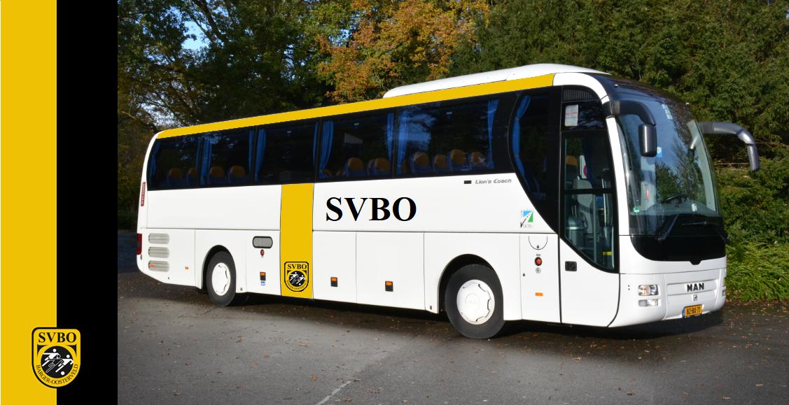 Wie gaat er mee met de bus naar Hoogezand?